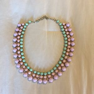 Statement necklace with clasp